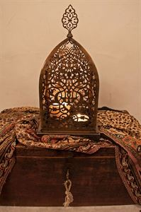 Picture of Ottoman Tealigth Holder